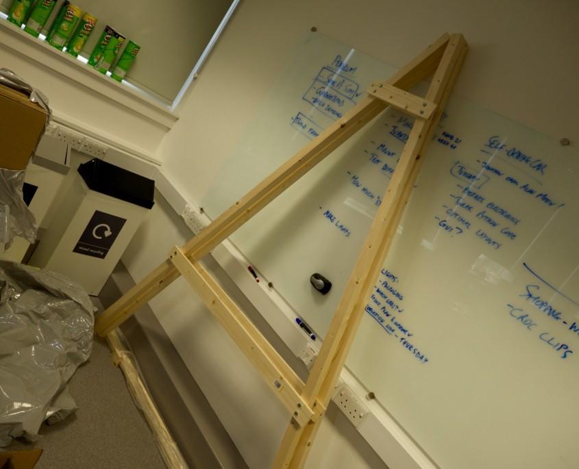 Pendulum frame