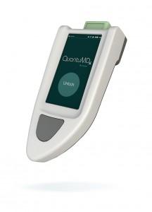 quantumdx Q-POC handheld diagnosis device